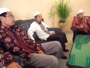 زيارة المدير إلى مدرسة ثانوية الإسلامية 2 بميدان