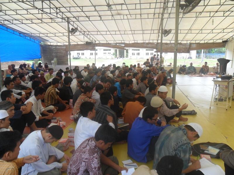 دورة الدعاة مع الشيخ بندر الشويقي – حفظه الله تعالى- في جامعة السنة الإسلامية