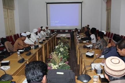 ورشة العمل التي نظمتها جامعة السنة الإسلامية للشيخ د. محمد بن عبدالله الدويش